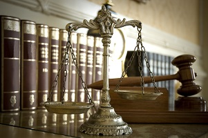 Deutsche Anwälte vertreten Sie vor den Gerichten in Polen.