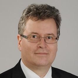 Deutscher Rechtsanwalt berät in Warschau im polnischen Recht.