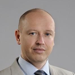 Deutscher Anwalt mit Kanzlei in Warschau berät seine Mandanten beim Inkasso in Polen.